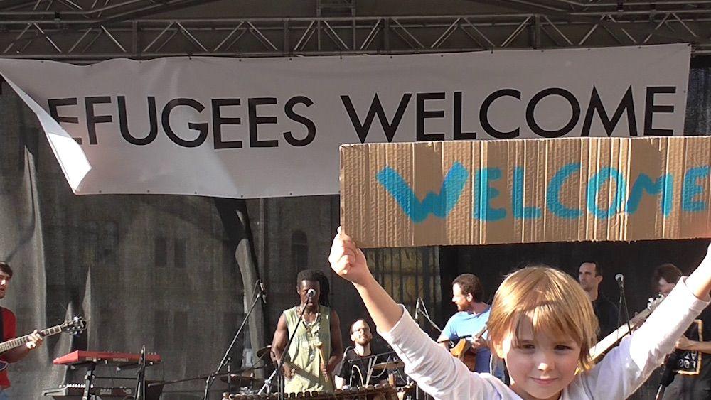 """""""Refugee to Entrepreneur"""" Program Gives Free Web Design to Refugees"""