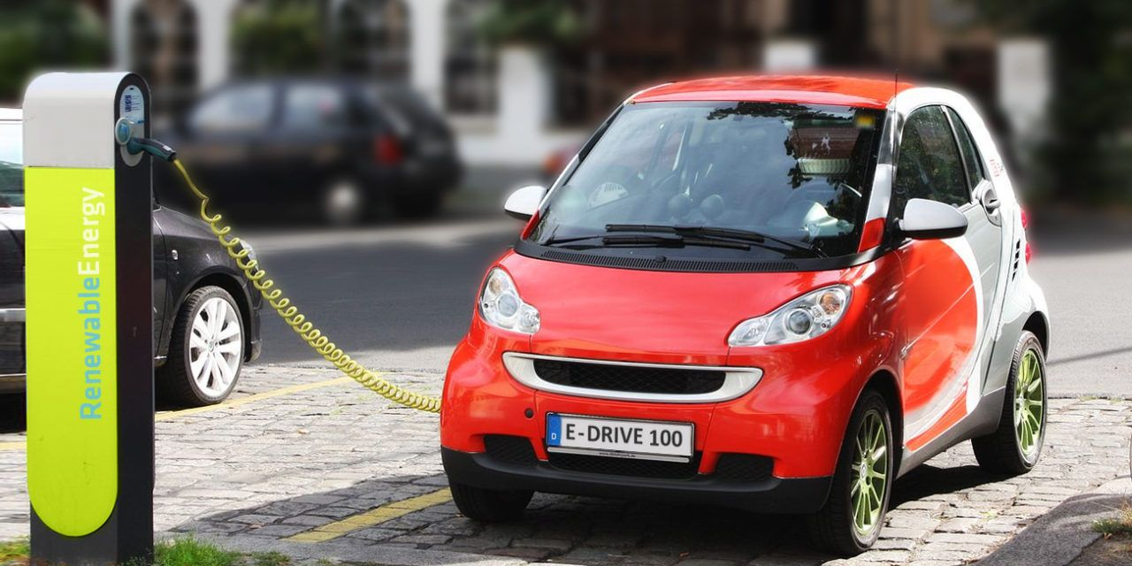 France Moves to Ban Fossil-Fuel Cars