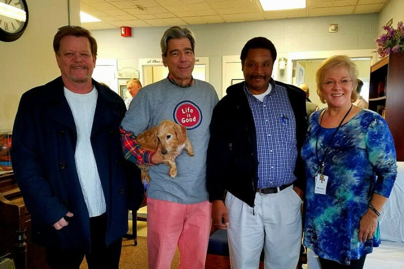 Dead for 28 Minutes, Man Survives Thanks to Homeless Hero