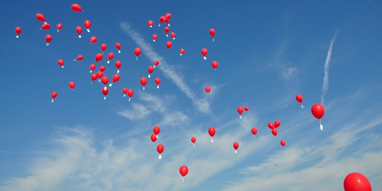 Rhode Island Town Bans Balloons to Help Save the Planet