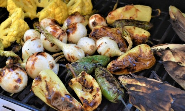 5 Mouthwatering Plant-Based Grilling Recipes for Memorial Day Cookouts